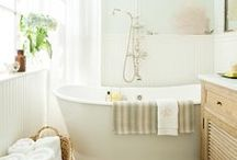 Bathroom / Styling, organizing and decorating ideas for your bathroom.