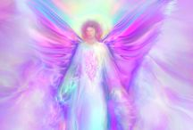 ^i^ Angels & Angelic guidance  ^i^ / ^i^ When you attune to the energy of the angels, you open the portals to greater divine assistance and miracles in your life.