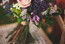 bouquets and small centerpiece flower arrangements. / by Brittany Armstrong