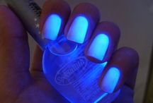 Nailsss. / by Khadijah Fennell
