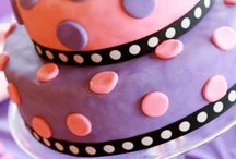 Cakes / by Taryn Meek