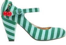 shoes,SHOES please... / by Zuz Zyhlarz
