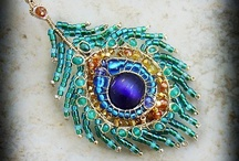wire jewelry / by Rebecca I-f