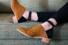 Dress Me Up: Shoes / by Cassie Cooper