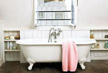 Bathrooms / ♥ / by Laura Berger