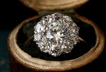 WEDDING | ENGAGEMENT RINGS / by Andrea Yager