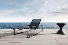 Scandinavian Summer / Der Sommer naht und so langsam wird es Zeit für schöne Gartenmöbel. Wir haben für euch ein paar Inspirationen von Outdoorspezialisten wie Gloster, Skagerak u.a. zusammengestellt. Jetzt auf den Sommer vorbereiten und bei smow.de vorbeischauen!