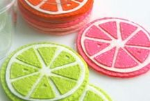DIY Coasters & Trivets / Love something homemade to put under your teapot and cup? Something cute to put your glass on when it's cocktail night? Or something to bring to the table when you have friends over? Here are great ways to make your own DIY coasters and trivets with all different techniques!