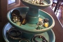 Jewelry and make-up storage / DIY projects to store jewelry and make-up. / by Elizabeth Blankenfeld