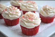 Cupcakes~ / by Victoria Reidelberger