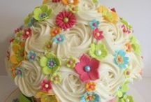 CAKES, CAKES, AND MORE CAKES / by Lisa 🌺 Carrillo