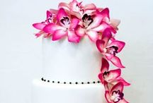 Inspiration: Elegant Cakes / Sophisticated, beautiful cakes to inspire and create…. / by Jacqueline Roth♡