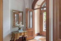 Une grande entrée / beautiful entryways / by Jacqueline Roth♡