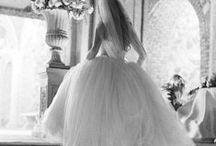 Wedding Dress / by Valérie Vanmol