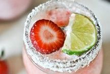 Inspiration: Drinks,  Drinks,  Drinks! / Fun and festive drinks for every occasion / by Jacqueline Roth♡