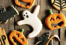 Halloween / Treats, Decor and Costumes