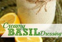 Food - Salads and Dressings / by Jennifer Donatelli