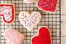 Dessert - Sugar Cookies / ...I love to decorate them...Bill loves to eat them... / by Kaylee Grodske