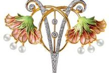 Jewelry / original exlusive jewelry, silver, gold and platina