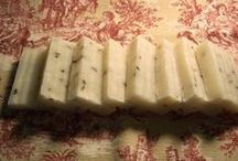 DIY Favors / Plain Soap to embellish yourself. Mini soaps, Organic ingredients.