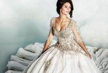 Weddings: The Dress / by Christina Davison