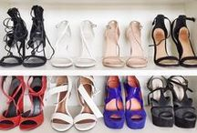 CLOSET GOALS / If heaven exists it looks like these shoe closets.