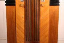 Vintage Radio's & Jukeboxes