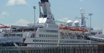 Travel Tips for Cruising / Travel tips for taking a cruise.  Whether is be yourself or the family.  Travel hacks for booking, planning and packing for a cruise.
