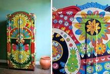 crafts- painted forniture / by Maria Ramos