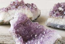 «« Natural Healing »» / Chakras, crystals, essential oils, and so good ol fashion meditation!