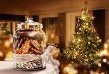 Féerie Gourmande / Retrouvez l'ambiance féérique de Noël  avec ce parfum gourmand épicé.  La douceur de l'Amande lactée, réchauffée par du Girofle et du Gingembre, se révèle avec la Vanille  et le Caramel.