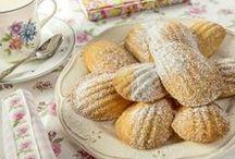 Madeleine / La recette ultime ! Madeleine à la vanille, poudre d'amande et beurre. L'incarnation de l'authentique Madeleine de M.Proust