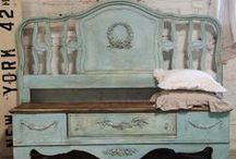 Old Bed Headboard Ideas / Old bed headboard benches and more.  / by Gay Langham