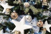 Idee creative addobbi albero di natale / Scopri come addobbare l'albero di natale. Alberi di natale stilizzati, particolari, classici o moderni fai da te. Online palle di natale, e accessori per decorazioni natalizie