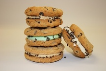 Cookie Sandwiches / Take 2 cookies and fill with your choice of sweetness and you have a Cookie Sandwich. Otherwise known as whoopie pies, gobs and Filled Cookies!  / by Country Cupboard Cookies