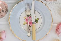 Wedding Tablescapes / A pretty table makes the food taste better!