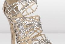 women's high heel shoes / by Diana Mugford