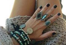 jewelry / by Leah Salzer