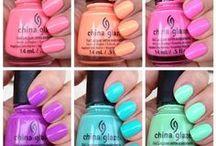 Nails / by Diana Islas