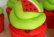 Cupcakes / by Gina Smith