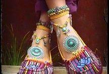 If the Shoe Fits.. / Pumps, Sandals & Boots