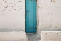 Doors. / by daniela gc
