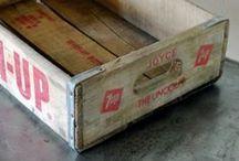 Huonekalut Furniture Laatikoita Boxes Tuoleja Chairs Sänkyjä Beds