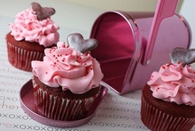 Cakes and Cupcakes! / by A. Martin
