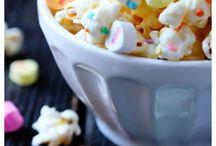 Eat Popcorn