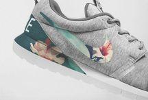 Birds & Bots | sneaker love / I love Sneakers - don't wear anything else