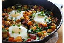 Whole30 - Eggs & Breakfast / Recipes reviewed and approved by the Whole30 team. Please note, if there is a processed ingredient like chicken broth, mustard, or bacon used in the recipe, you'll still have to read your labels and choose a compliant brand.