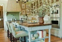 Home Decor Inspiration / Home Decor and Design Inspiration for Brooke Ring's paintings! These rooms would look amazing with a C. Brooke Ring original painting!