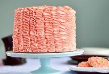 {Cakes} / by Kimberly Duryee