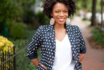 Natural: Short to medium / A pin board for short to medium length black, natural hair.